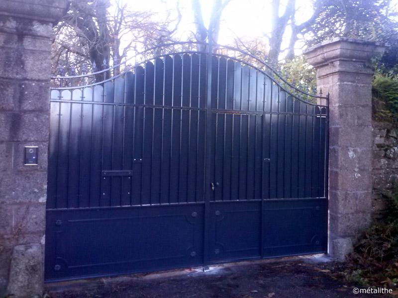 portail plein style ancien