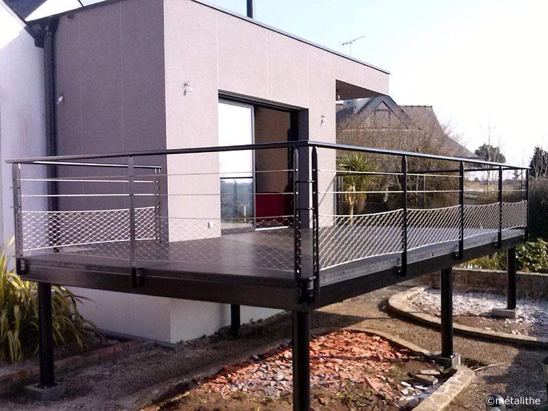 terrasse surrélevée garde corps acier style marin